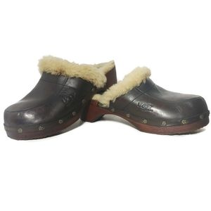UGG Kalie shearling leather clogs size 6 wood heel